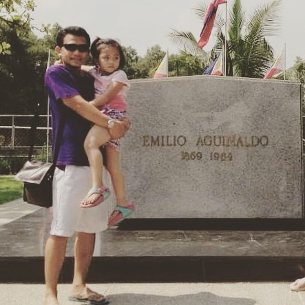 Aguinaldo Tomb.jpg